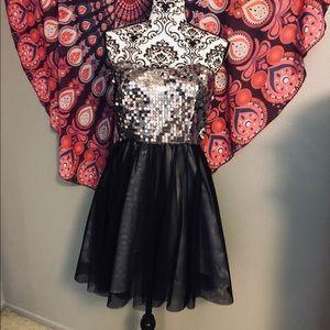 🖤 Cute Sparkly Dress 🖤